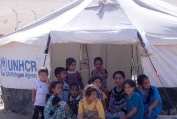 Crianças em acampamento de deslocados internos, no Iraque. Foto: Unami