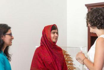 Lena Shareef, Malala Yousafzai e Olivia Curl na ONU