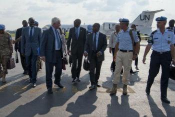 Chegada de Hervé Ladsous à República Centro-Africana. Foto: ONU/Catianne Tijerina