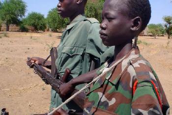 Crianças-soldado. Foto: Irin/Gabriel Galwak