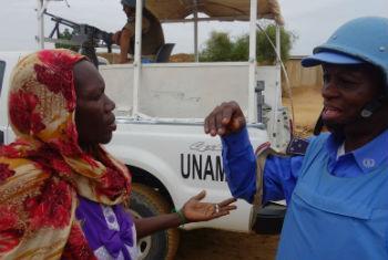 Unamid investiga ocorrência em Darfur. Foto: Unamid/Sharon Lukunka