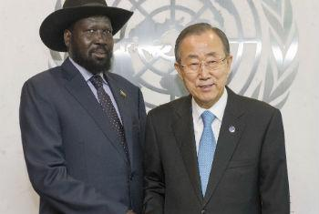 Salva Kiir (esq.) e Ban Ki-moon. Foto: ONU/Eskinder Debebe