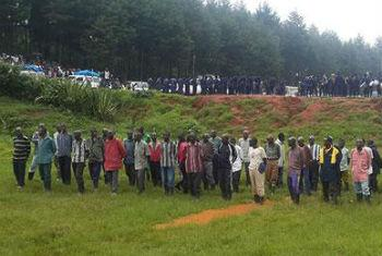Ex-combatentes da Fdlr que se renderam voluntariamente à Monusco. Foto: Monusco/Serge Kasanga