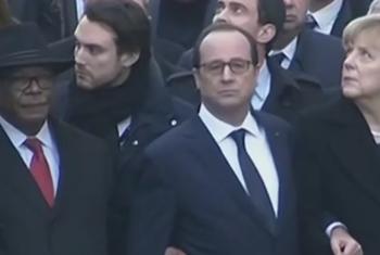 Líderes em desfile juntou ao presidente francês.