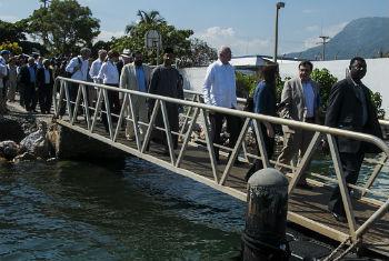 Membros do Conselho de Segurança em visita ao Haiti. Foto: Minustah/Logan Abassi