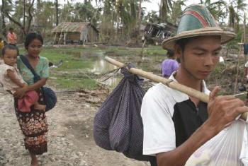 Crianças em Mianmar. Foto: Acnur/A. Kirchhof
