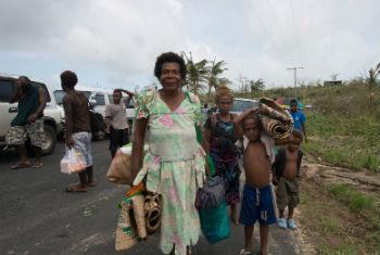 Milhares de pessoas em Vanuatu precisam de assistência após destruição causada pelo ciclone tropical Pam. Foto: Unicef Pacífico