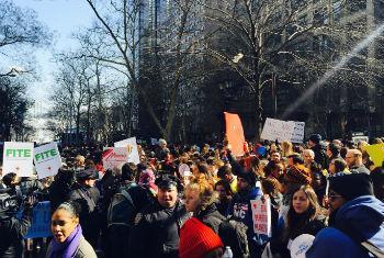 Milhares seguiram até a Times Square. Foto: Rádio ONU/Carlota Fluxa