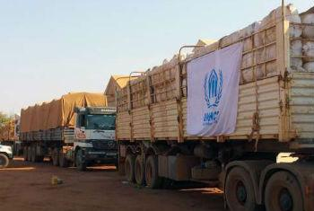 Camiões com suprimentos para o Sudão do Sul. Foto: Acnur/A.C.Teoh