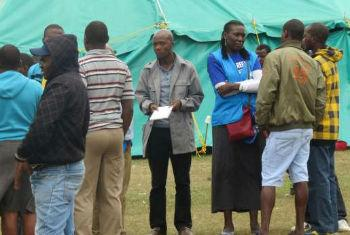 Desalojados no acampamento de KwaZulu-Natal, África do Sul. Foto: Acnur/T. Machobane