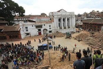 Ban agradeu os socorristas. Foto: Pnud/Nepal.