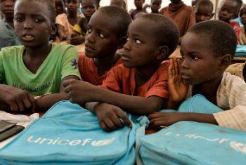 Crianças em uma escola na Nigéria. Foto: Unicef/Sebastian Rich