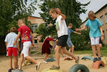 Desafios em relação aos direitos das crianças. Foto: Unicef/Giacomo Pirozzi
