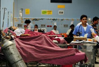 Relatório analisa o acesso global aos serviços essenciais de saúde. Foto: Banco Mundial/Maria Fleischmann