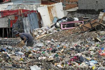Mundo conseguiu reduzir a taxa de pobreza de 36% em 1990, para 15% atualmente.Foto: Banco Mundial