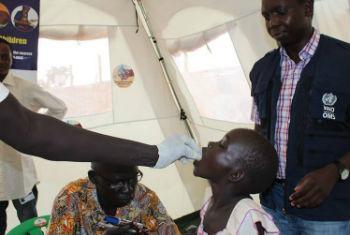 OMS lança um plano de financiamento para uma cobertura de saúde universal.Foto: OMS/M. Moyo