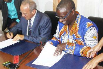 Assinatura do entendimento entre o Unicef em Moçambique e a Universidade Pedagógica. Foto: Unicef Moçambique