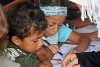 Falta de dinheiro pode atrasar o ano escolar em 700 escolas.Foto: Unwra/Shareef Sarhan