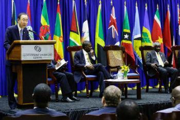 Ban Ki-moon discursa aos líderes do Caribe. Foto: ONU/Evan Schneider