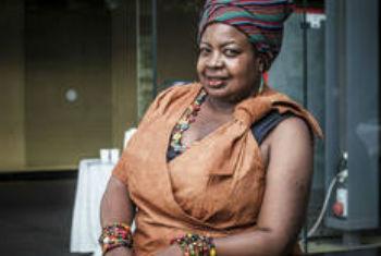 A ativista do Uganda, Gertrude Kenyangi foi agraciada com o Prémio Campeões da Floresta. Foto: FAO