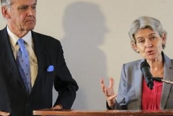 Jan Eliasson e Irina Bokona na Unesco. Foto: Unesco.