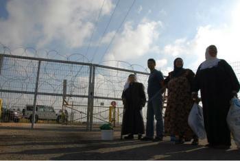 Barreira de alta segurança na Cisjordânia. Imagem: UNRWA/Isabel de la Cruz