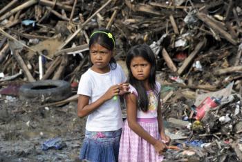 Já em 2013, o pais tinha sido atingido pelo super tufão Yolanda. Foto: ONU/Evan Schneider