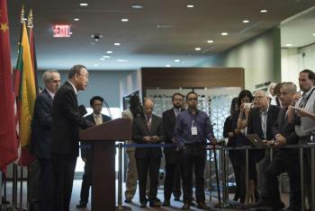 Ban Ki-moon em conferência de imprensa na sede da ONU. Foto: ONU/Mark Garten