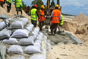 Criar empregos continua a ser um grande desafio para o continente africano. Foto: Banco Mundial