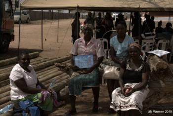 A formação pretende impulsionar as habilidades das mulheres que cuidam do gado bovino e caprino.Foto: ONU Mulheres