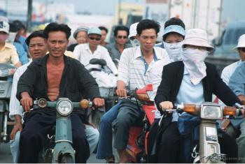 Até 2030, os países devem reduzir o número de mortes e de doenças causadas por químicos e poluentes do ar, do solo e da água. Foto: Banco Mundial/Tran Thi Hoa