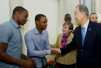 Ban Ki-moon pediu que refugiados não percam a esperança. Foto: ONU//Rick Bajornas.