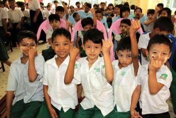 Mais de um terço das crianças e jovens em Mianmar não vão à escola.Foto: Unicef Mianmar/Myo Thame