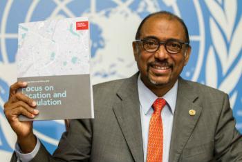 Diretor da Unaids, Michel Sidibé, na apresentação do relatório em Genebra. Foto: Unaids/Pierre Albouy