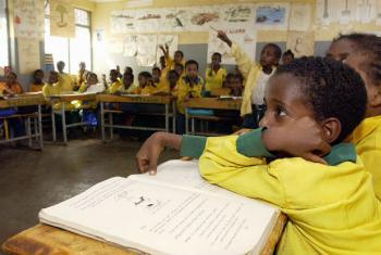 Estudantes em África. Foto: ONU/Eskinder Debebe