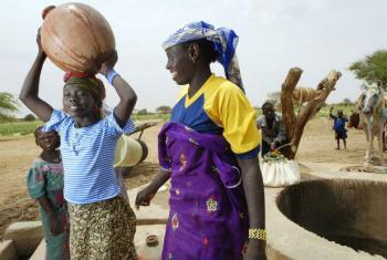 As mulheres são destacadas entre os beneficiários das ações em África.Foto: Ifad/David Rose