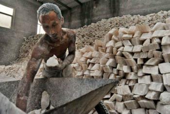 A OIT calcula que 21 milhões de pessoas no mundo são vítimas de algum tipo de escravidão.Foto: OIT