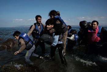 Sírios em busca de asilo desembarcam na Grecia. Foto: Unicef/Alessio RomenziUNICEF/Alessio Romenzi