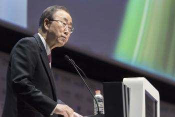 Ban Ki-moon em discurso em Abu Dhabi. Foto: ONU/Mark Garten