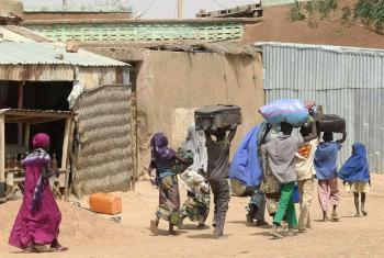 Estudo apela inclusão urgente no ensino dos menores e jovens deslocados internos. Foto: Acnur/Ibrahim Abdo