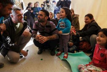 Filippo Grandi visita Lesbos, em sua primeira passagem oficial como alto comissário da ONU para Refugiados. Foto: Acnur/A. Zavallis