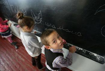 Devido ao conflito na Ucrânia, uma em cada cinco escolas foi danificada ou destruída.Foto: Unicef/Aleksey Filippov