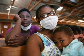 Tuberculose também afeta países desenvolvidos com o movimento migratório e cada vez mais trânsito entre cidadãos de várias partes do mundo. Foto: Irin/David Gough