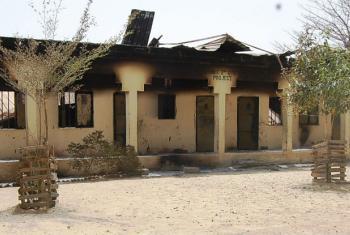 Escola destruída pelo grupo rebelde Boko Haram. Foto: Irin/Aminu Abubaka
