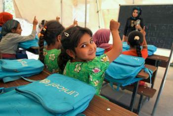 Meninas iraquinas num acampamento do Unicef em Bagdad, Iraque. Foto: Unicef/Khuzaie