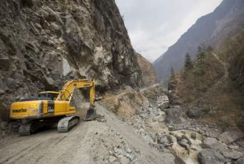 O Programa da ONU para o Meio Ambiente, Pnuma, afirma que os trabalhos de reconstrução do Nepal continuam.Foto: Pnuma Grid Arendal/Lawrence Hislop