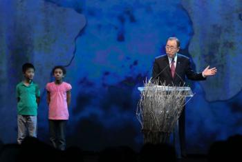 Secretário-Geral da ONU, Ban Ki-moon, abre a primeira edição da Conferência Humanitária Mundial em Istambul, na Turquia, em 23 de maio. Foto: Ocha
