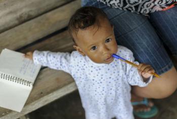 Criança equatoriana em abrigo temporário. Foto: Unicef/Reinoso