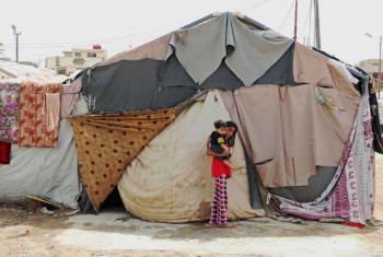 Famílias em tendas em acampamento para refugiados Bagdá, no Iraque. Foto: WFP/Mohammed Al Bahbahani (arquivo)