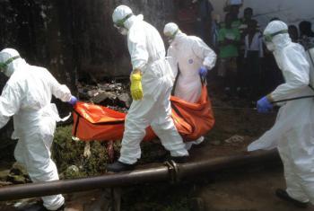 A crise de ebola na África custou aproximadamente US$ 2,8 bilhões aos três países mais atingidos na região.Foto: OMS/P. Desloovere
